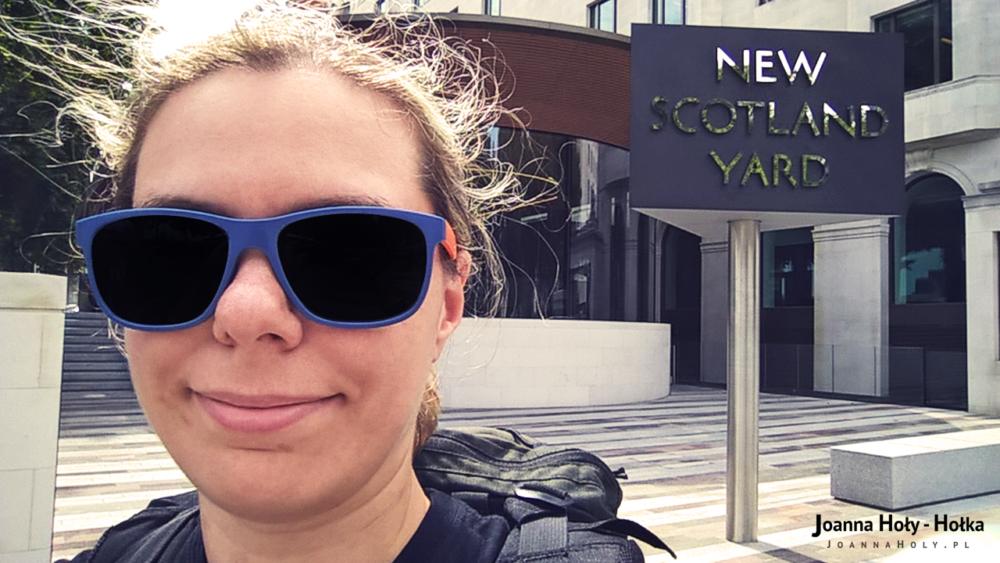 New Scotland Yard Selfie