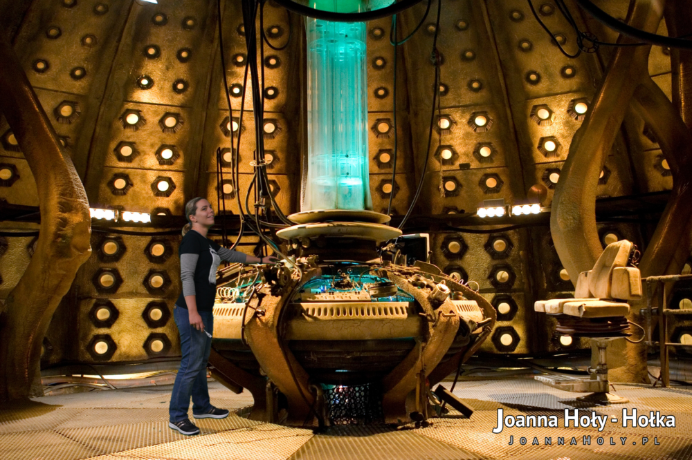 Doctor Who Experience Coral TARDIS interior green-screen