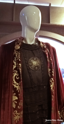 Gallifreyan Outfit