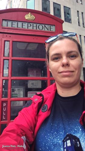 Selfie - czerwona budka telefoniczna